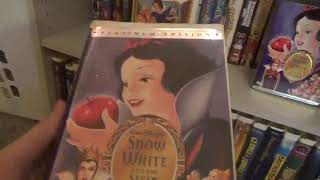 3 Different Versions of Snow White and the Seven Dwarfs