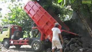 dump truck mitsubishi colt diesel 120ps unloading rocks