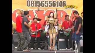 Download lagu Orang Asing gaVra MP3