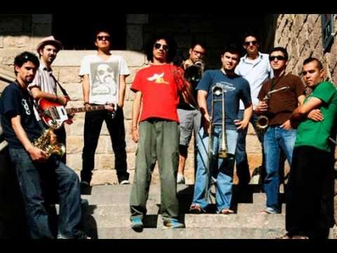 rocola-bacalao-canciones-de-pajaritos-ronny-x-morales