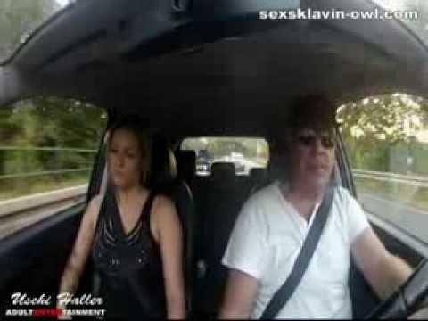 Reife Ehefrau treibt es heimlich auf extreme Weise mit Jungspund auf Feldweg - German Mature