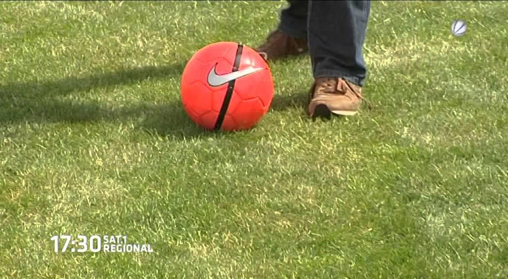 Sat 1 Reporter Testet Fussballgolf In Ochsenwerder