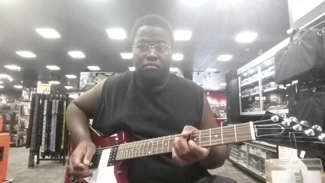 playing a 2017 gibson explorer at guitar center in las vegas nevada youtube. Black Bedroom Furniture Sets. Home Design Ideas