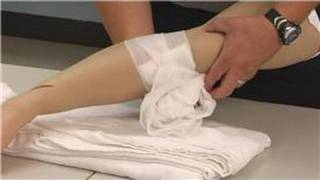 Paramedics : How to Change Wound Dressings