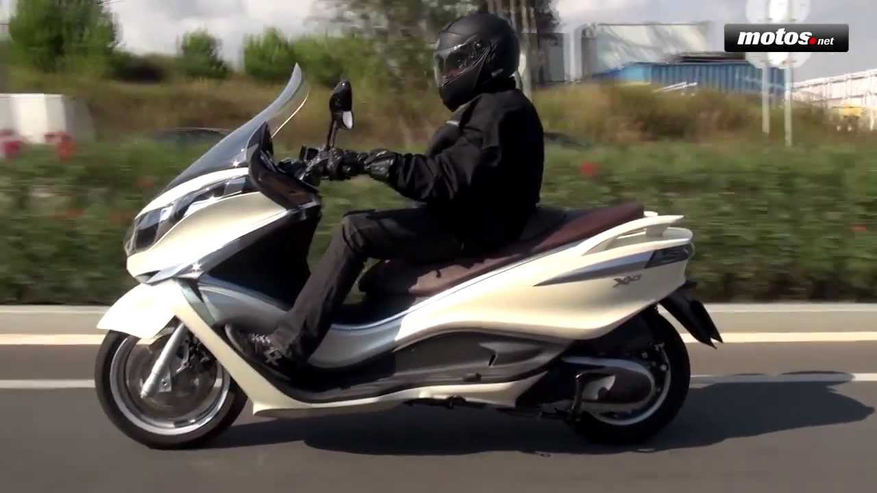 Piaggio X10 350 : piaggio x10 350 executive prueba test review en espa ol youtube ~ Medecine-chirurgie-esthetiques.com Avis de Voitures