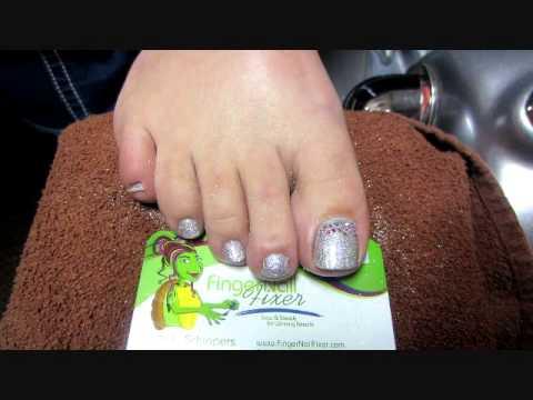 CND Shellac Swarovski Toes