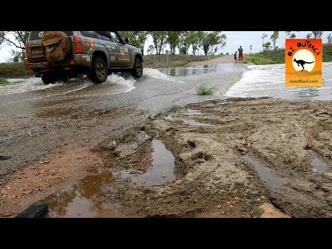 Transformation of an Australian outback town in the Wet Season