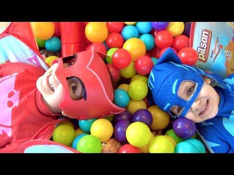 Pijamaskeliler Top Havuzundan Hangi Sürpriz Yumurtaları Buluyor? Toybox Ozmo LOL Bebek Kinder Joy