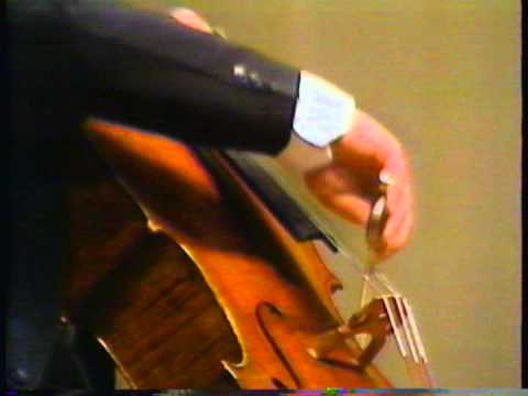 Haydn Cello concerto No.2 mov.III ,Cello: Heinrich Schiff, Conductor: Horst Stein