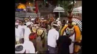 Repeat youtube video Ida Ratu Pucak Kembar & Ida Ratu Sakti Macan Gading Payangan