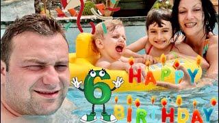 Ziua Sofiei 6 ani /am fost in camping la piscina/ Ne balacim in Piscina