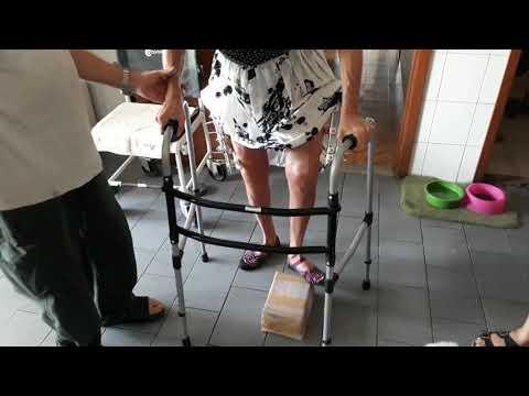 Fisioterapia para subida de degraus em paciente com fixador externo bilateral