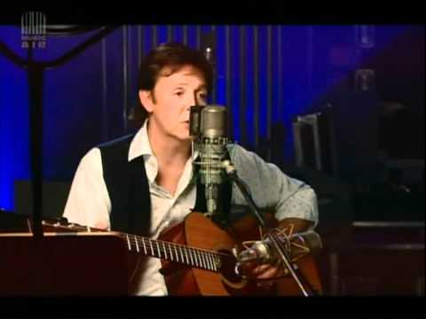 Paul McCartney - Blackbird �y Road studio LIVE)