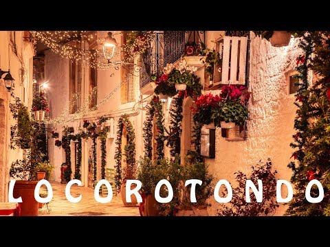 The magic of Christmas in Locorotondo | Italy