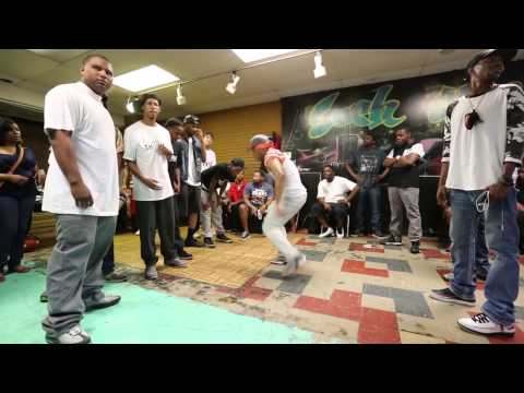 Japan meets Chicago - Battlegroundz footage from the cyphers
