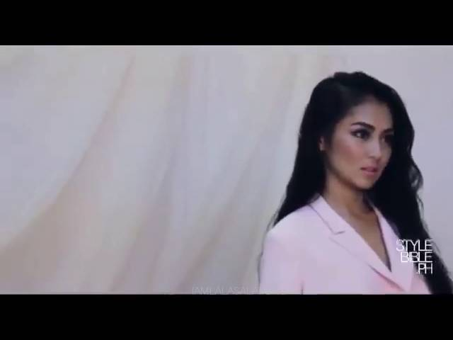 BOLD AND SEXY Moment: Kathryn