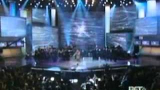 kirk franklin, yolanda adams, donnie mcclurkin & shirley caesar   whitney houston   dancing gospel midley   live @ bet 2005