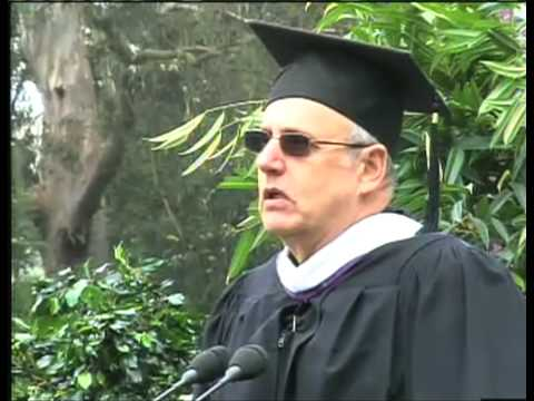 Jeffrey Tambor speaks at SF State University 2009 Commencement ...