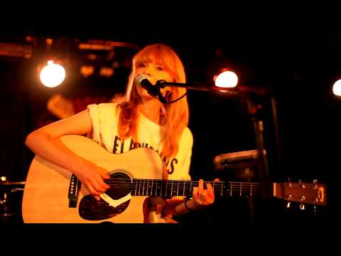 Lucy Rose - [All I've Got Is You] (live at Manchester Ruby Lounge, 8th Aug 2011) [6/9]