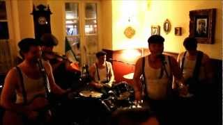 Restless Feet - Tri Martolod