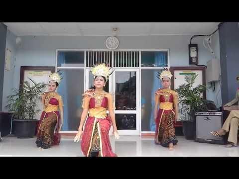 Mojang Priangan - Tari Tradisional SMKN 1 Lemahabang