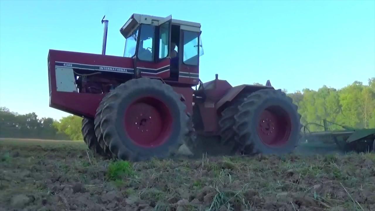International 4386 Tractor working ground near New Madison Ohio