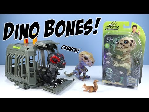 Untamed Fingerlings Gloom and Doom Bonehead Raptors WowWee 2018