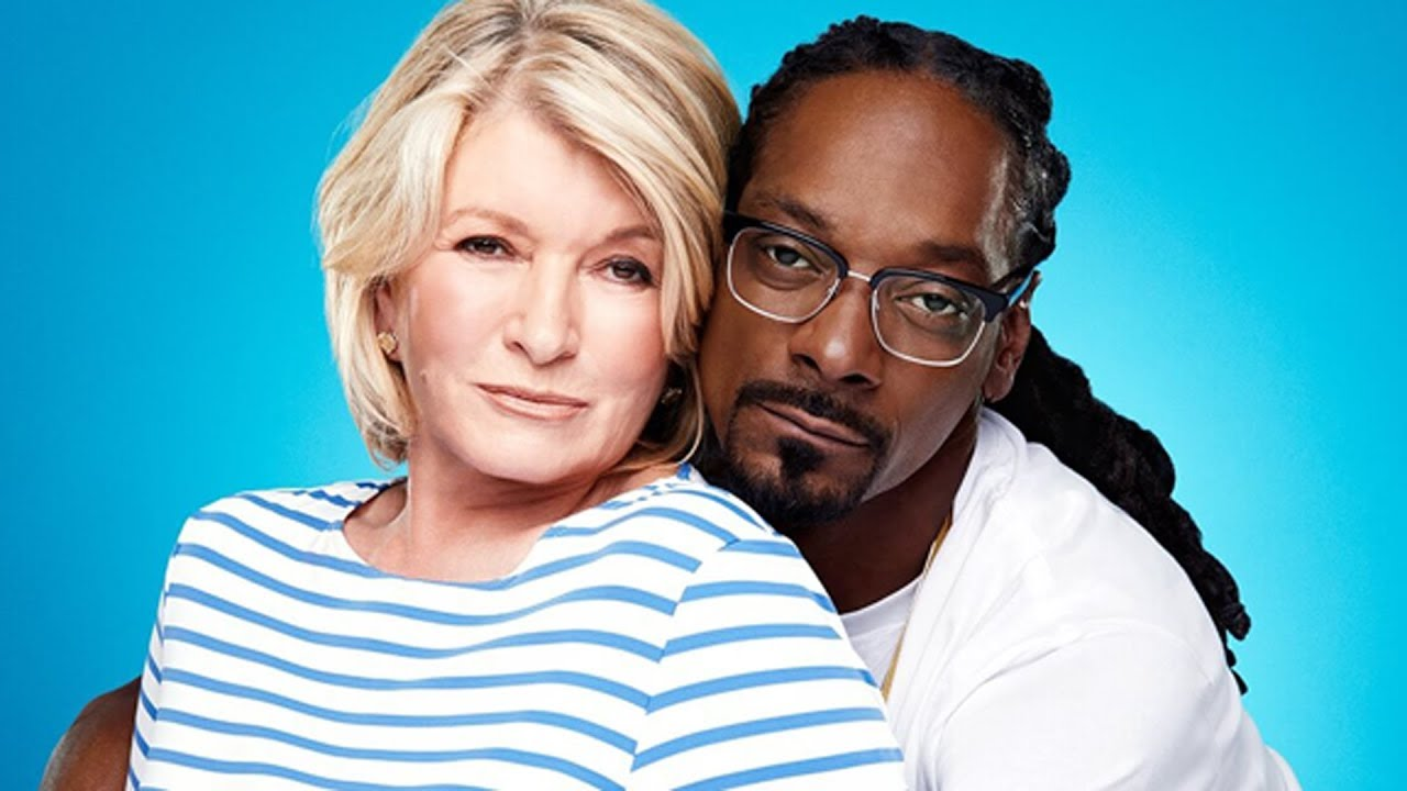 What Most People Don't Know About Martha And Snoop - YouTube