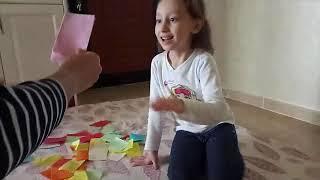 Kağıdı Kesip Havaya Atma Oyunu Oynuyoruz