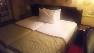 Video Belfast Hotel Paris download MP3, 3GP, MP4, WEBM, AVI, FLV Juni 2018