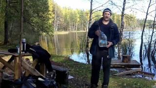 видео Как не замерзнуть в холодной воде?