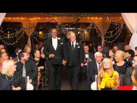 Russell marries Wayne