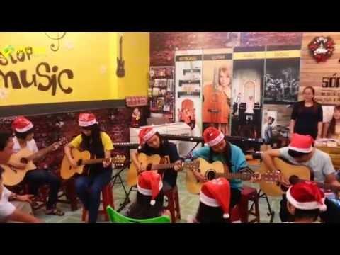 """Sóng Nhạc """"Khúc Nhạc Giáng Sinh""""_Lớp Guitar"""