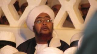 عبد السلام الحسني - ابكى الحبيب عمر بن حفيظ - في زيارة هود