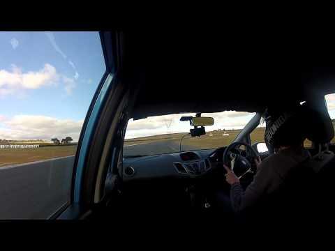 Ford Fiesta Mk7, SFCC Wakefield park track day, Final run