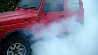 Leons Suzuki (Twin Cam 1300) Burnout