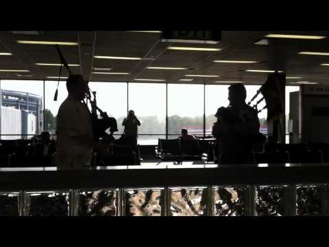 Airport Bagpipes in Omaha
