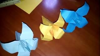 Цветок ирис из бумаги своими руками.  Оригами(Очень красивый цветок ирис из цветной бумаги. Подойдет для украшения в доме. Можно сделать стебель и постав..., 2016-03-04T19:50:20.000Z)