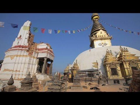ネパール地震・カトマンズ・スワヤンブナート寺院の被害