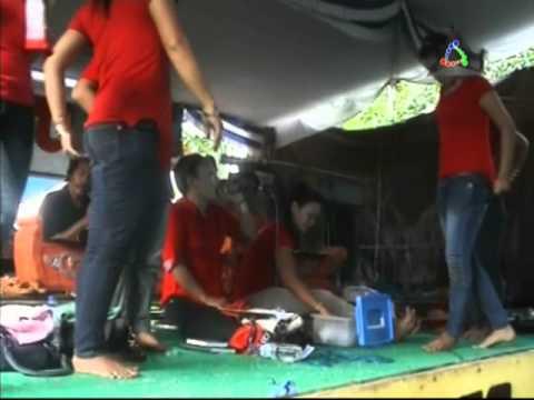Jaipongan Wawan Group - Baju Loreng [5-7-2013]