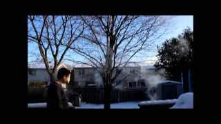 Canadian winter: Boiling waтer thrown into air at minus 40 degrees Celcius