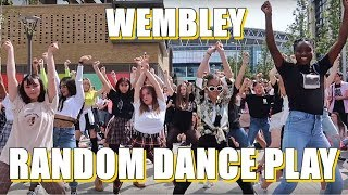 [AZIZA] K-POP RANDOM DANCE PLAY AT BTS WEMBLEY CONCERT 01/06/2019