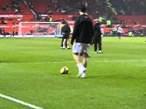 Ronardo warming up at Old trafford