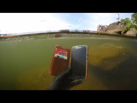 Found Phone, Wallet, Knife Underwater in River! (Scuba Diving)