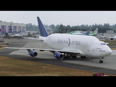 "Boeing 747-4H6LCF ""Dreamlifter"" [N718BA] Wet Arrival at Paine Field ᴴᴰ"