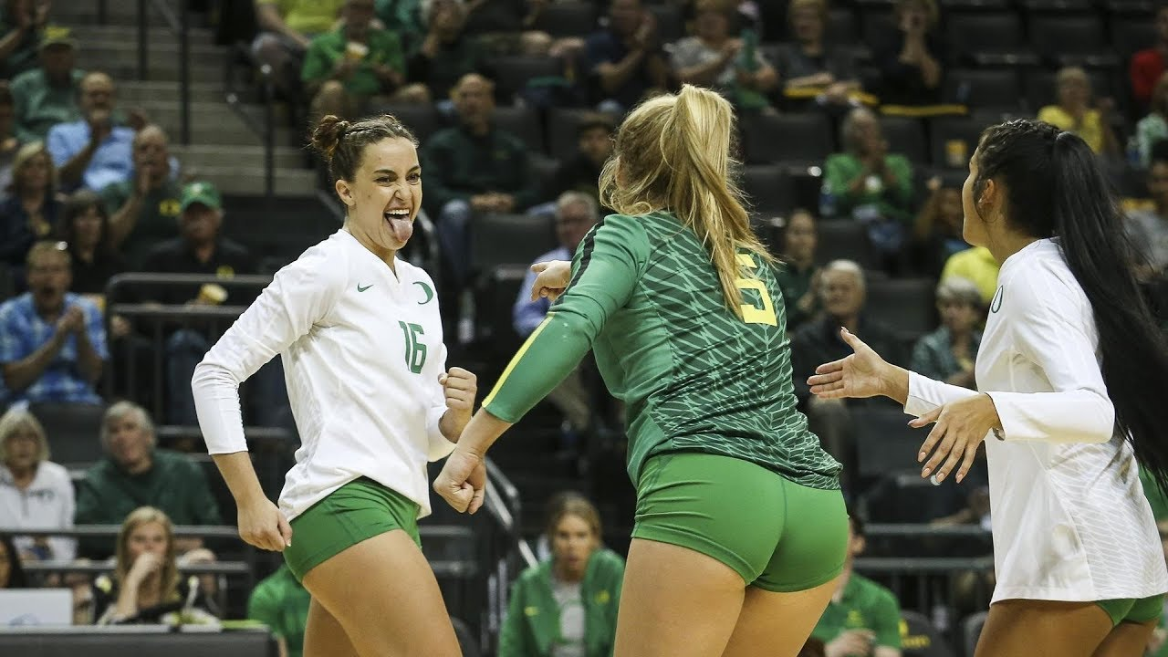 Recap No 17 Oregon Women S Volleyball Caps Regular Season With Civil War Win Over Oregon State Youtube
