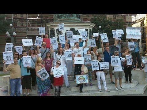 13. jun - Prava demokratija na Trgu Republike u Beogradu (snimak)