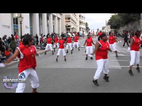 2010 Christmas Parade 4 - Graffiti Dance Crew