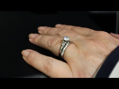Mayo Clinic Minute: Wedding ring rash
