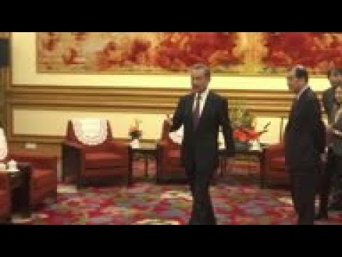 Indian Foreign Secretary meets Chinese counterpart